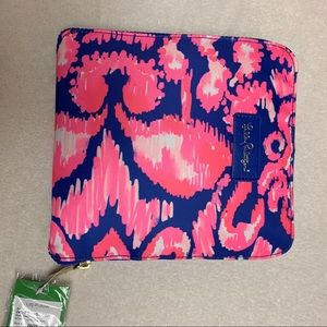 Lilly Pulitzer getaway packable tote beach bather